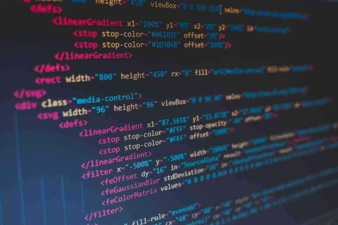 Qui a inventé le langage de programmation informatique ?