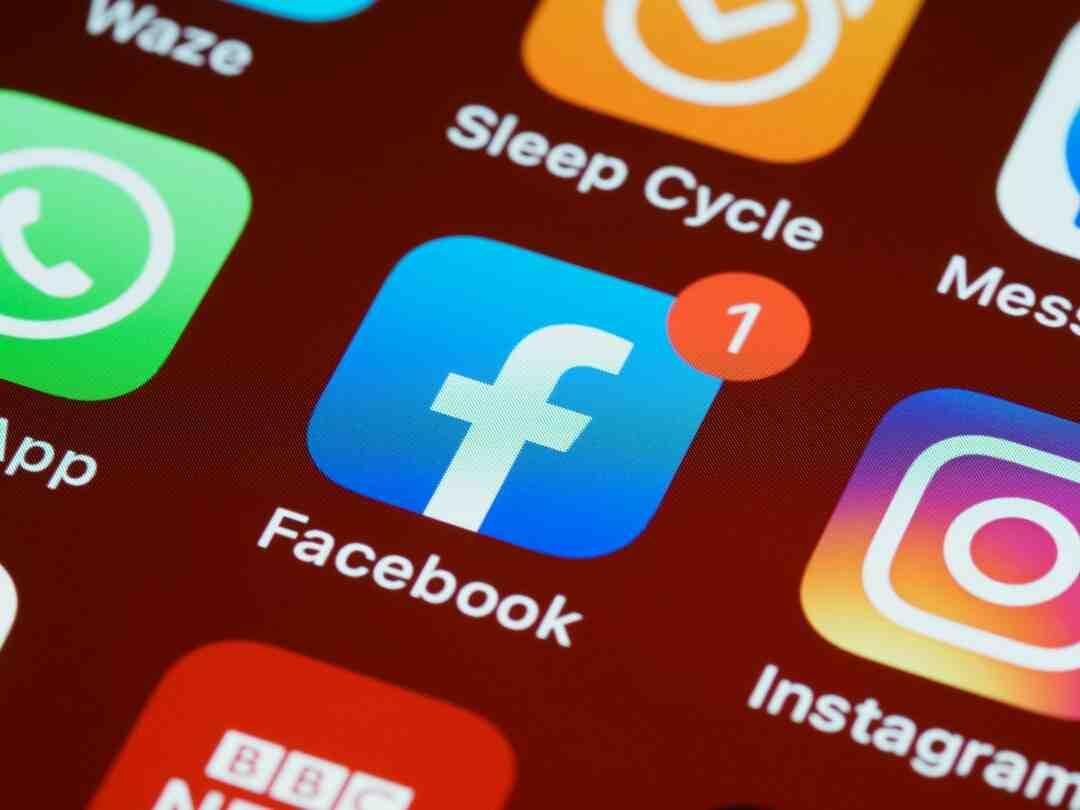 Comment ajouter une photo sur Facebook rencontre ?